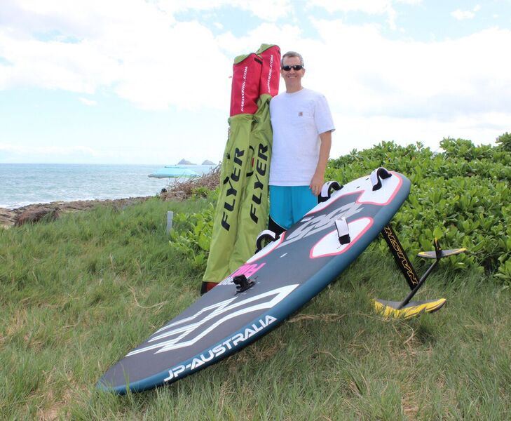 Windfoiling in Hawaii
