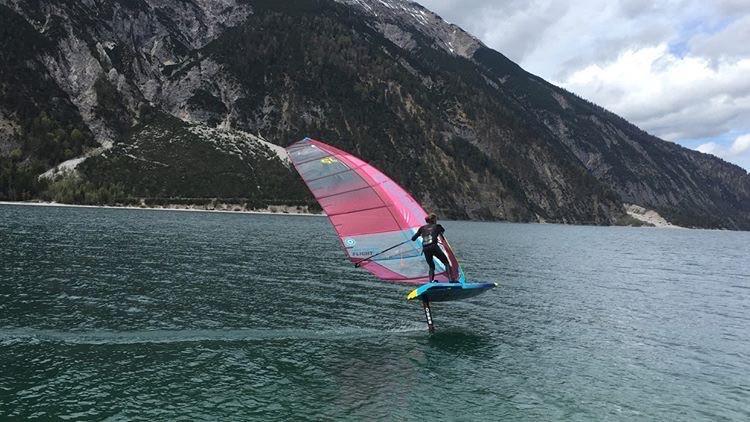 Daniel Riegler jibing in light wind