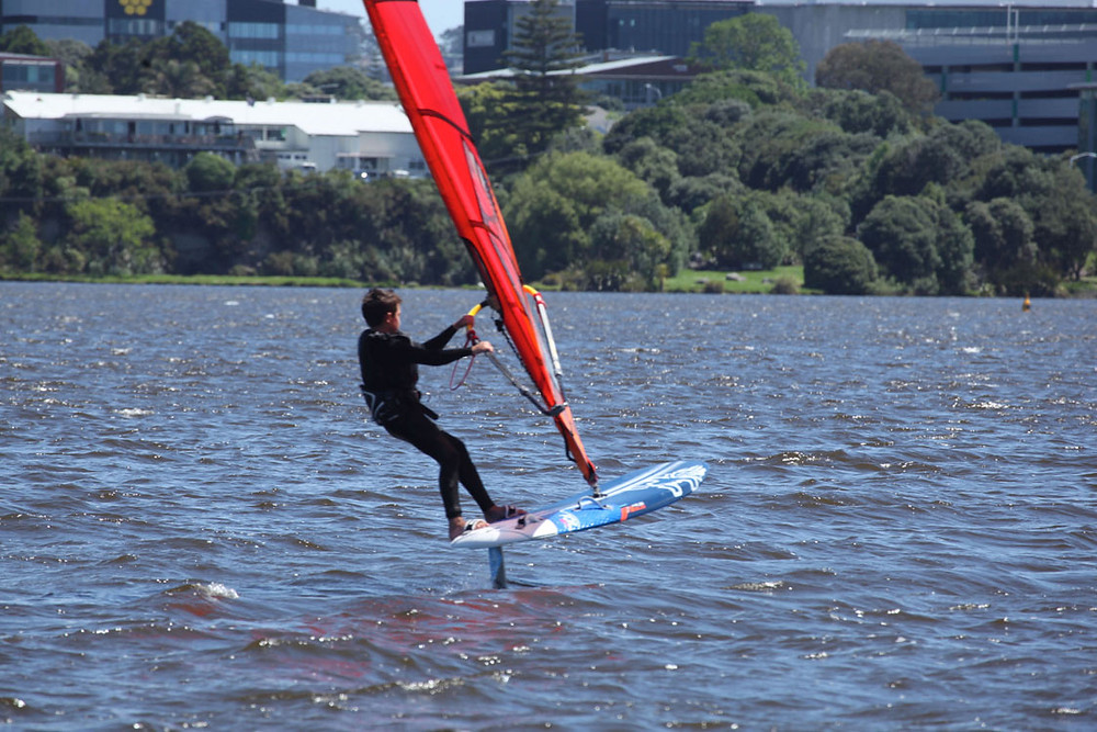 windsurf foiling in New Zealand