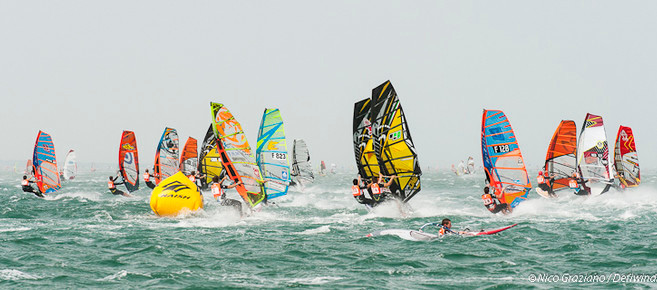 Rough conditions at the Défi Wind