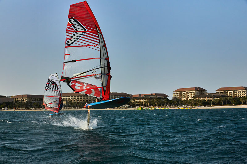 Windfoiling in dubai