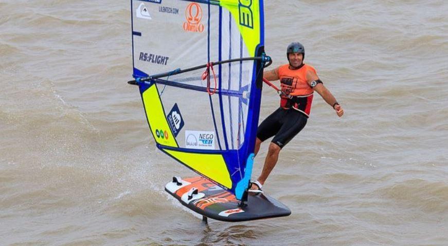 Antoine Albeau  windfoiling
