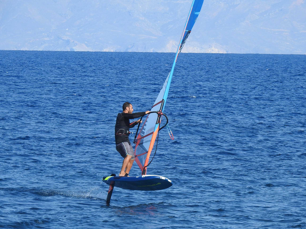 Nektarios foiling on his Starboard foil board