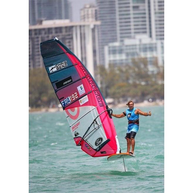 Antoine Albeau foil windsurfing