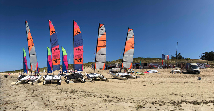 Sunny days and Catamarans are ready!