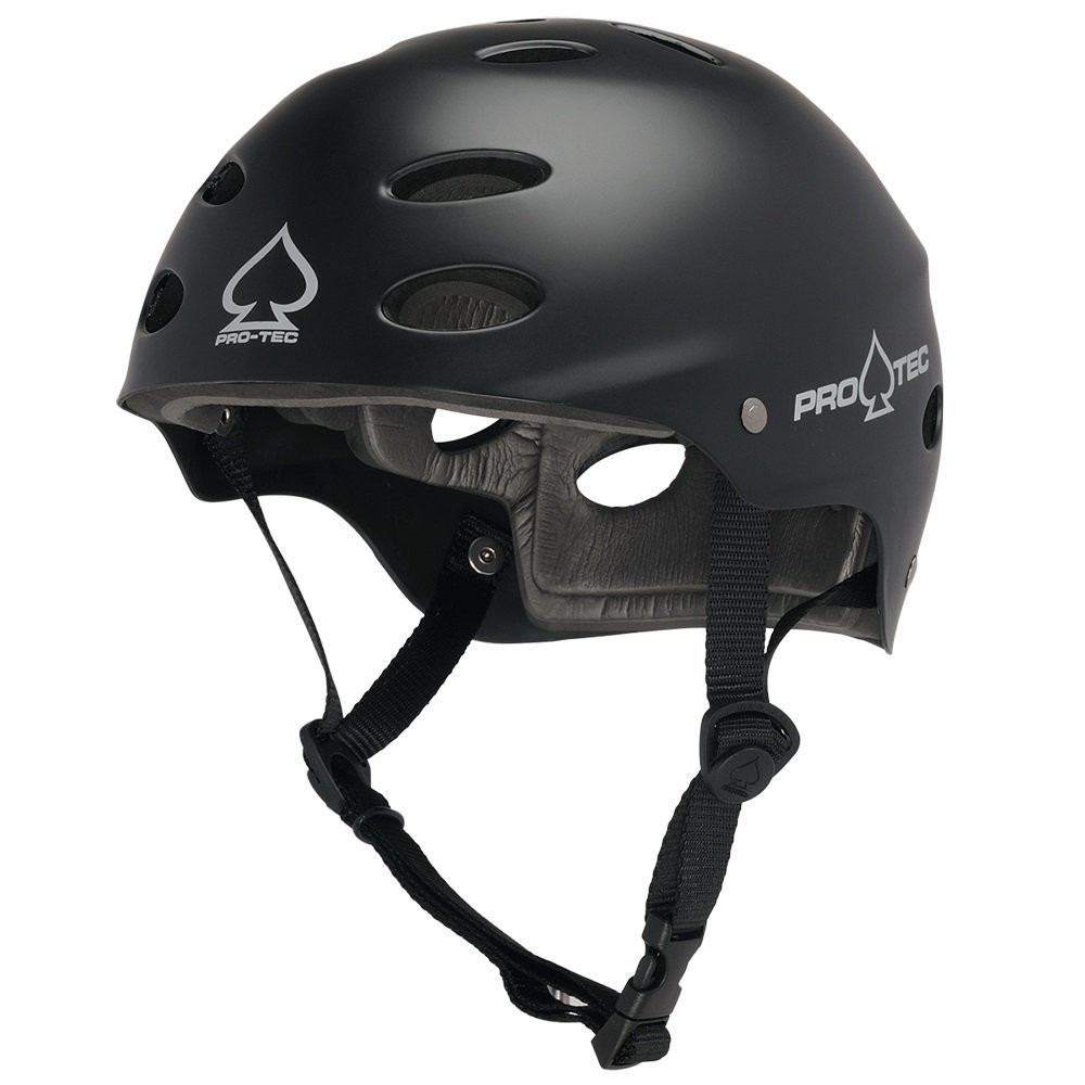 Protec water helmet for windsurfing