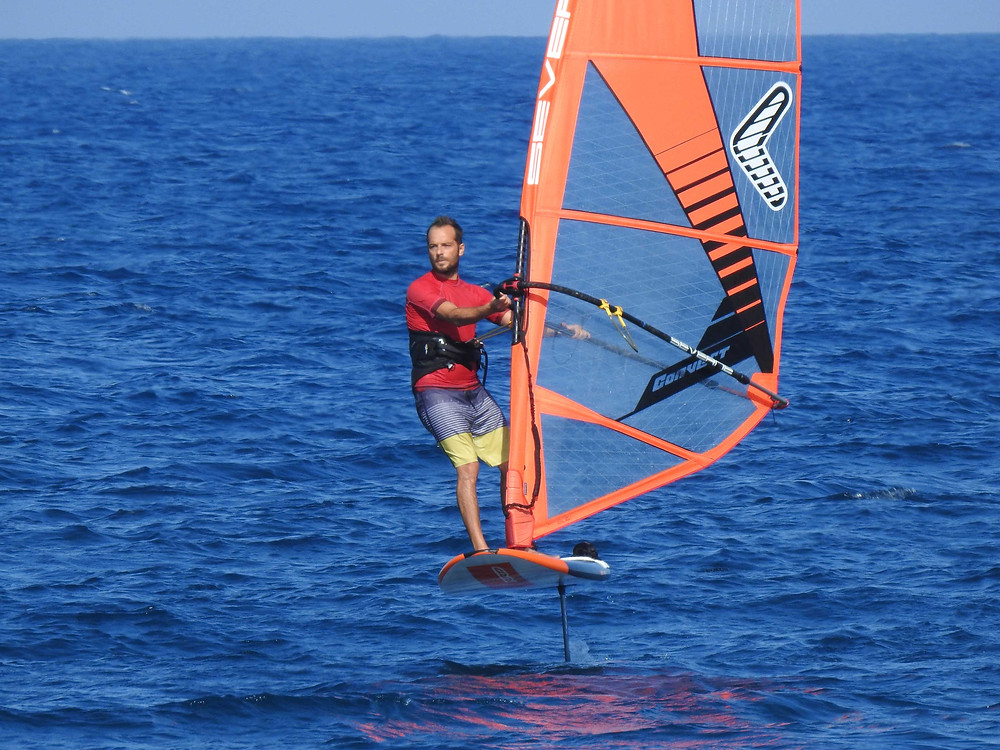 windsurf foiling in Santorini