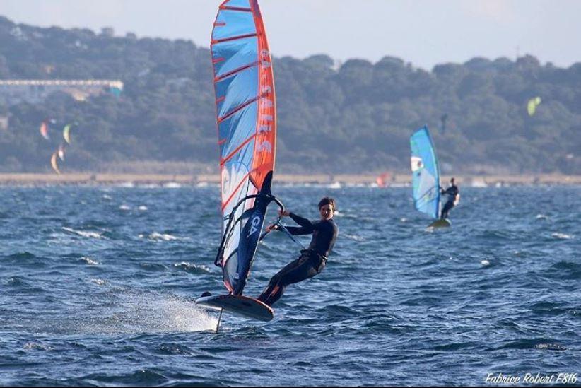 Nicolas Goyard on his windsurf foil