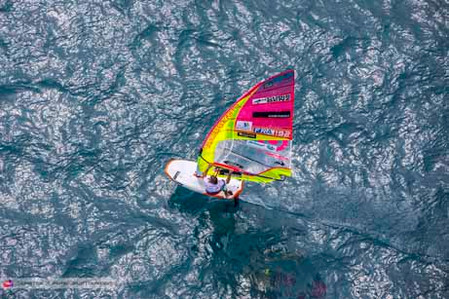 Antoine sailing with his huge gear!!