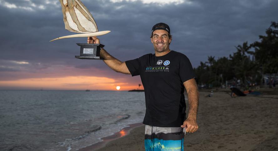 Antoine holding one of his trophy!! C'est TOP!!