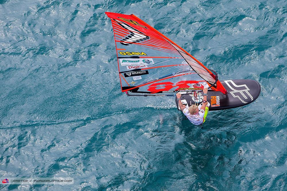 Amado speeding on his windfoil