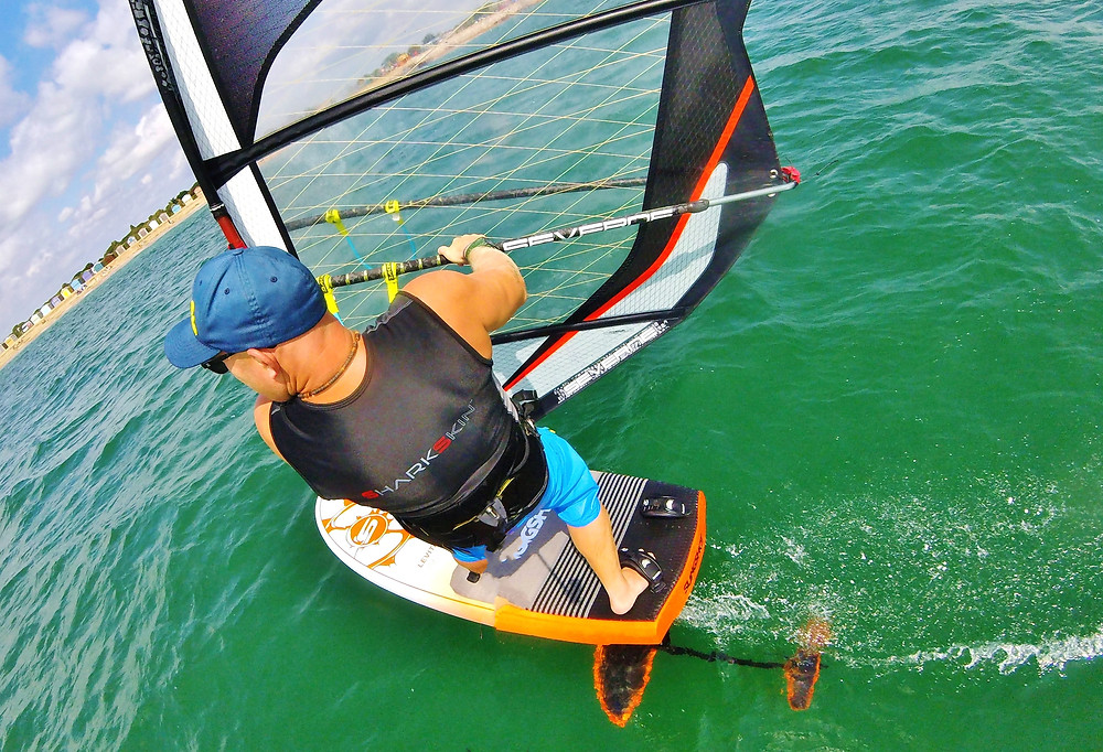 Tez cruising in windfoil slingshot