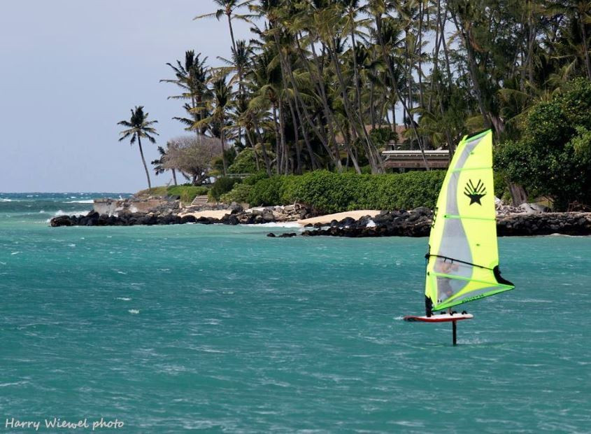 Windfoiling on Ezzy Hydra in Maui