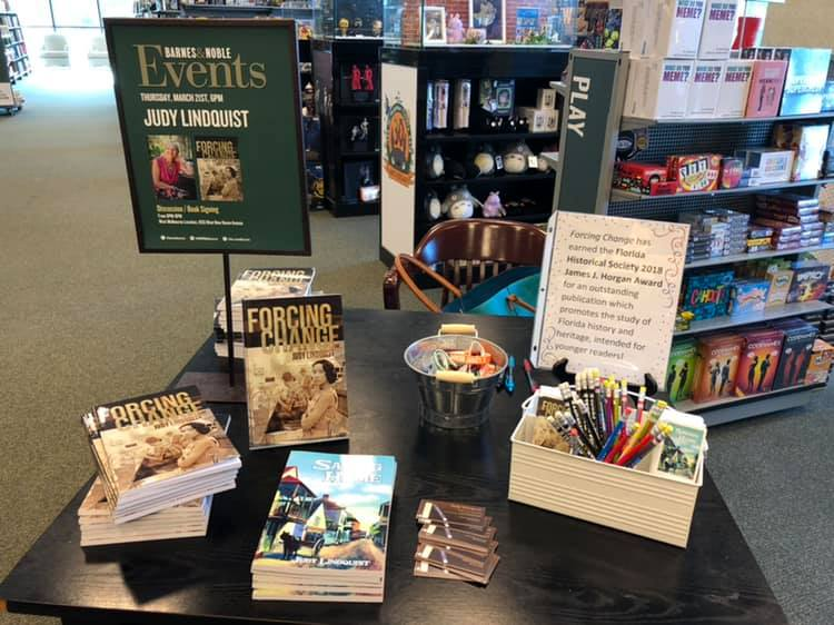 Barns and Noble books signing