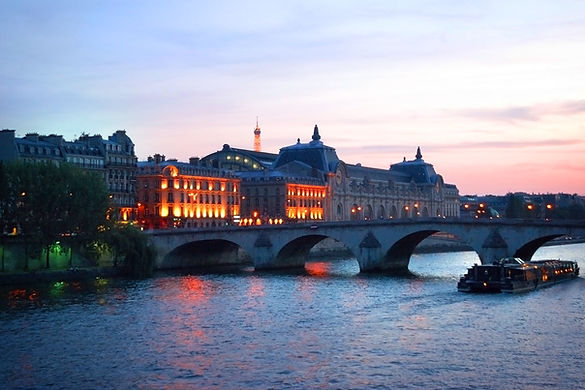Paris, France, Seine, bateau mouches, holmn photograhy, travel photographer