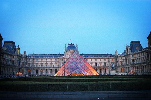 Louvre, blank