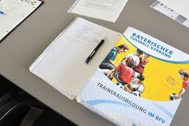 BLSV - Übungsleiterausweise und DFB - Lizenzen bleibenbis 2021 gültig