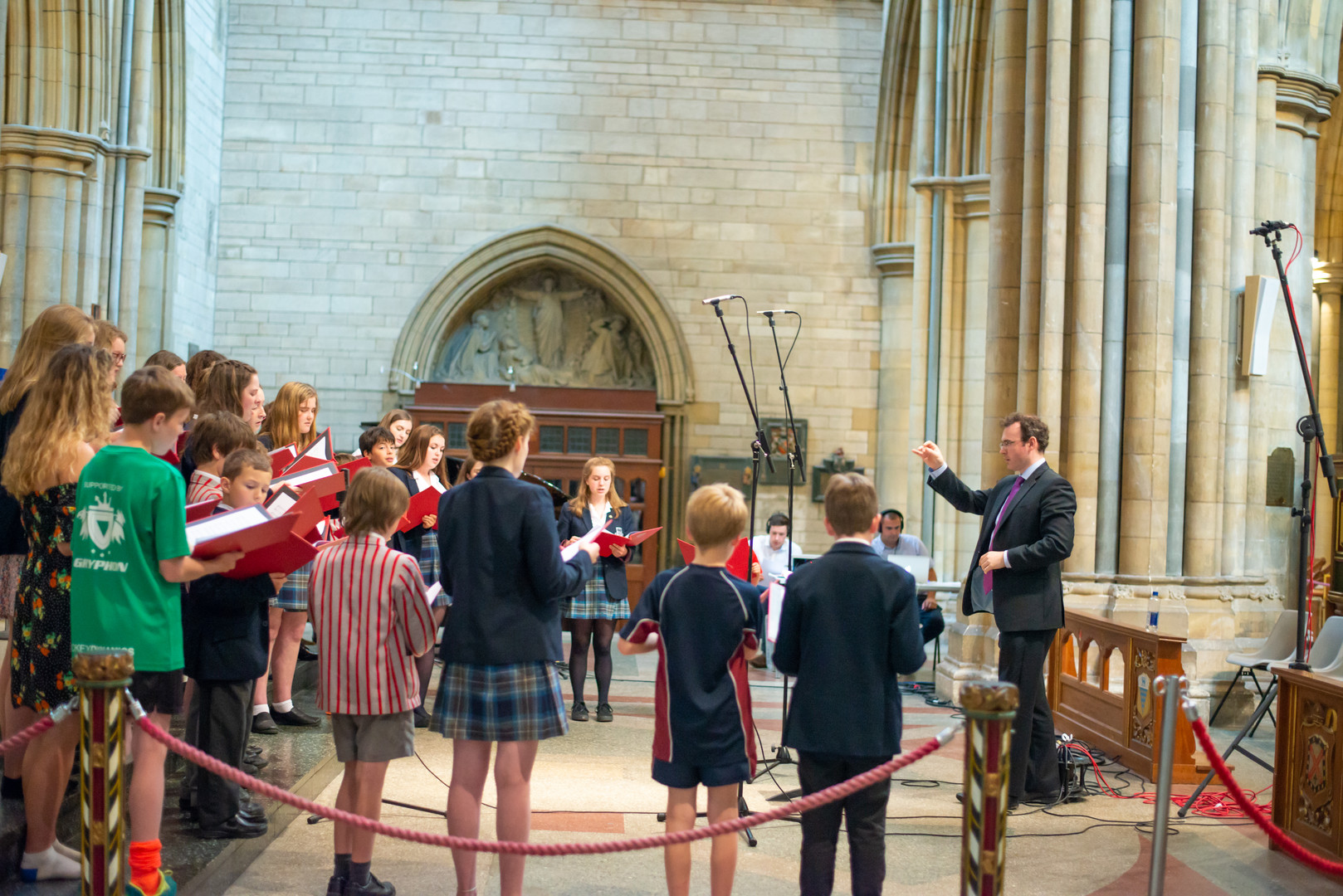 CHG Truro Cathedral Choristers in rehearsal with Christopher Gray - side- by Claire Wilson-2078.jpg