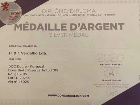 Dona Berta Tinto Reserva 2015: medalha de prata em Concurso Internacional de Lyon!!
