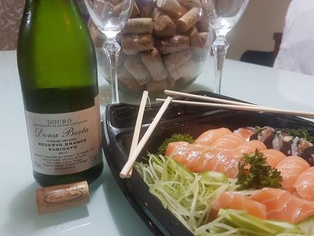 Arigato! O nosso muito obrigada aos apreciadores da Culinária Japonesa com Vinhos Brancos Dona Berta