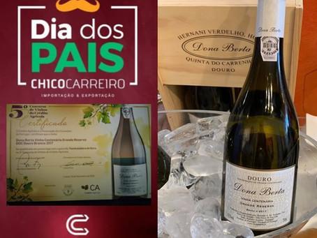 Dia dos Pais chegando! Escolha o rótulo predileto dele e o surpreenda com vinhos Dona Berta!