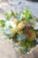 bouquet_de_fleurs_tous_droits_réservés_lentre_pots_maitre_fleuriste
