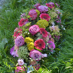 Dessus de cercueil rose