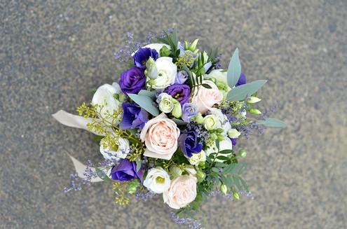 Bouquet de mariée bleu blanc violine