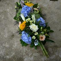 Gerbe de fleurs fraîches deuil