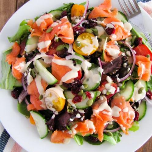 Salade au poisson fumé