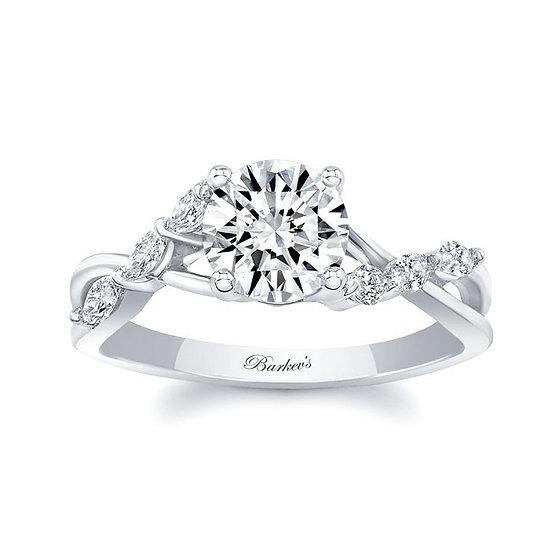 8207L WHITE GOLD DIAMOND ENGAGEMENT RING
