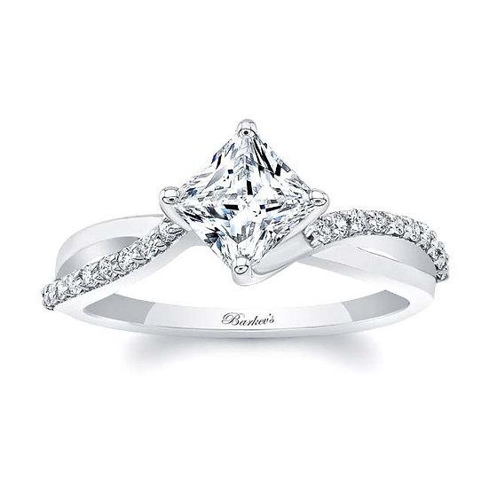 8076L WHITE GOLD PRINCESS CUT ENGAGEMENT RING
