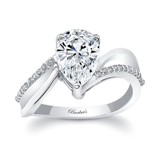8213L WHITE GOLD PEAR SHAPE DIAMOND ENGAGEMENT RING