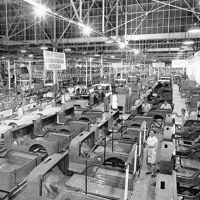 Fabrica Jeep - Carro de Cena