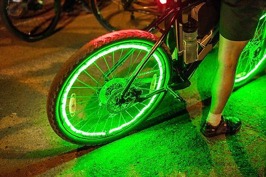 Bright neon lights and illumination on t