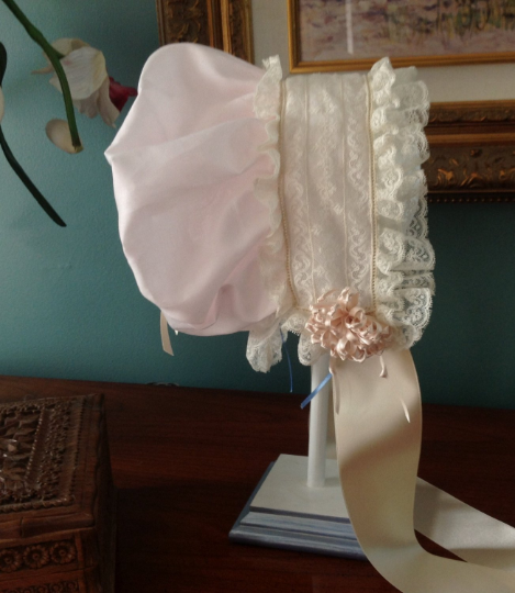 French Bonnet with Drawstring Crown