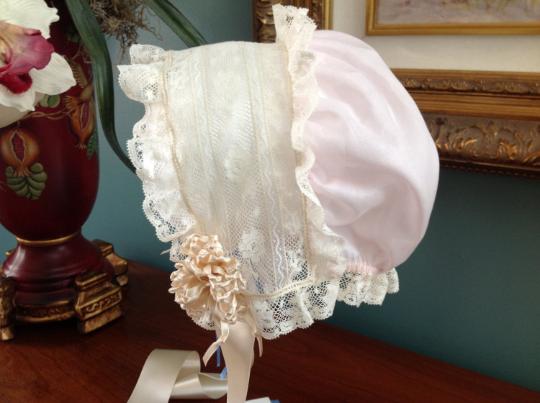 Bonnet with Drawstring Back