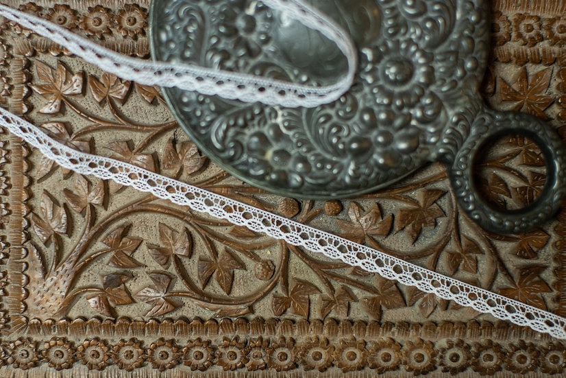"French Cluny Edging 4016 (5/16 "" wide)"