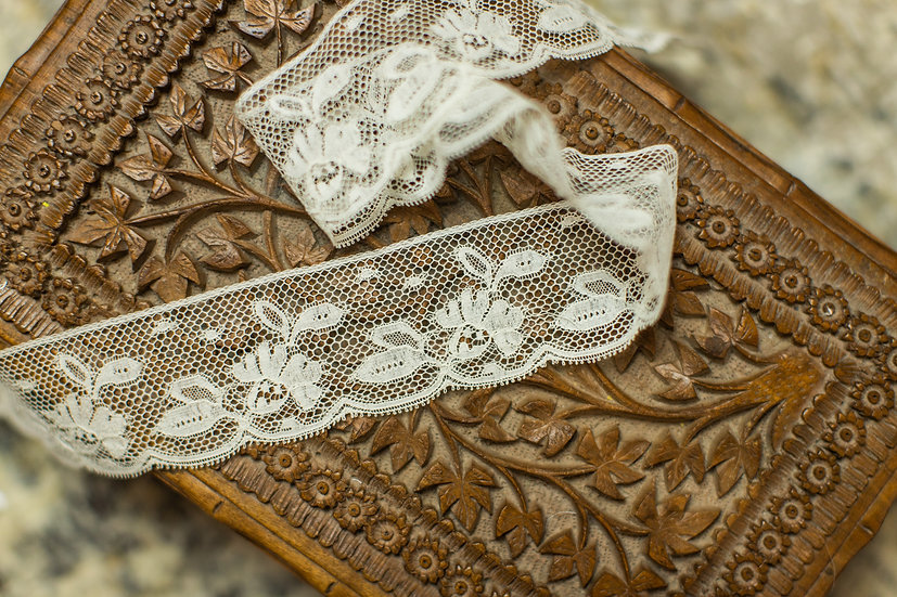 French Val Edging 21355 (1 3/4 inches wide)