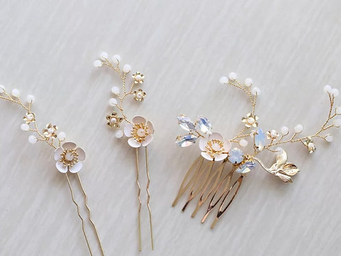 Frosted Blossom Hair Pin