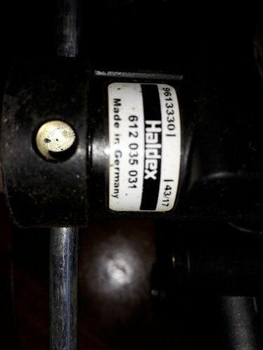 Haldex 612 035 031 Levelling valve