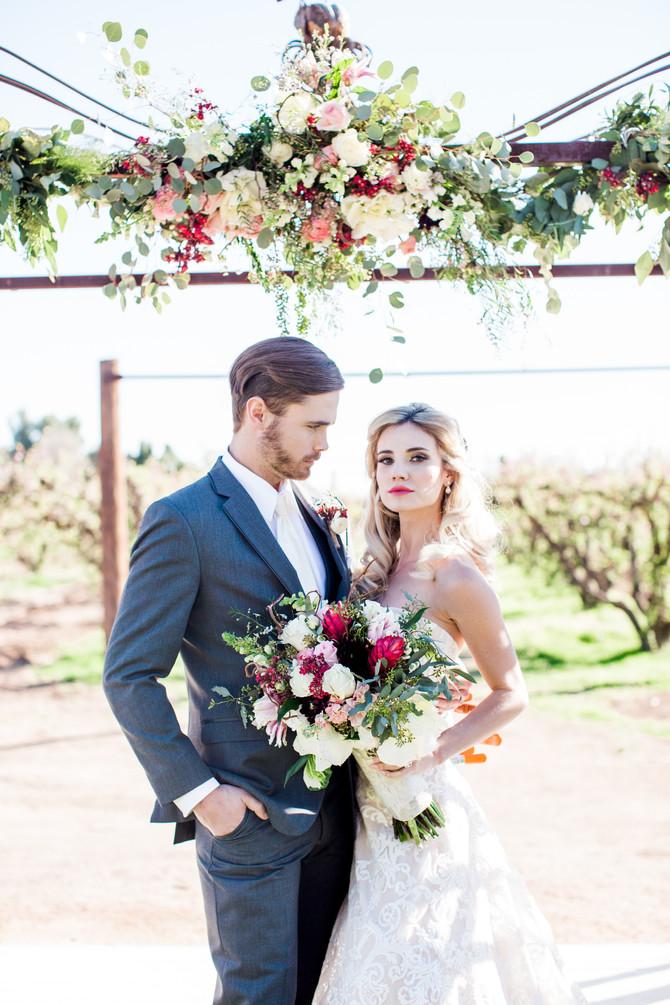 PHOTO SHOOT: Rustic elegant florals at the farm