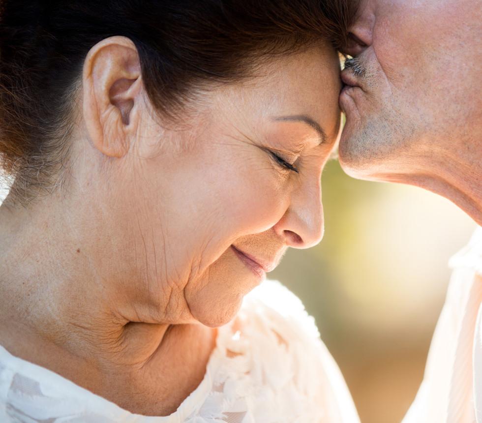 Casal de Meia Idade demonstrar afeto