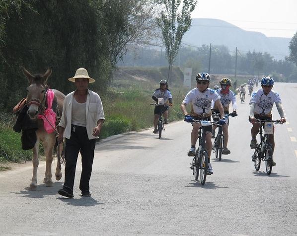 苗圃單車助學行 - 絲綢之路2009-12.jpg