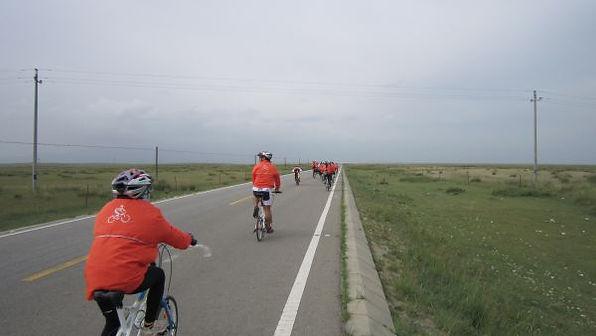 苗圃鎮洋單車助學行2010 –『青海湖之旅』014.jpg