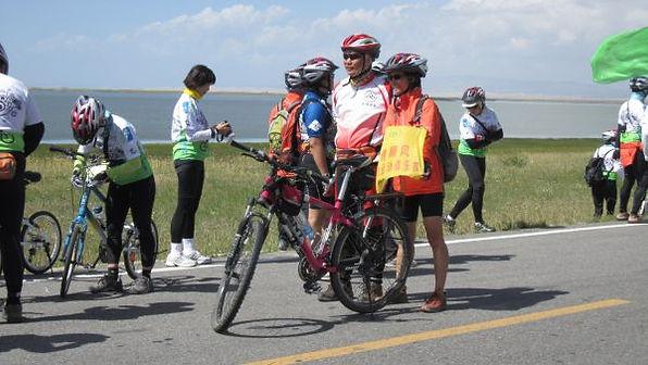 苗圃鎮洋單車助學行2010 –『青海湖之旅』050.jpg