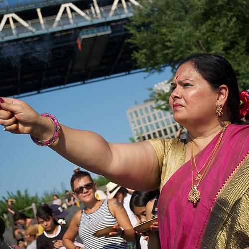 7th Annual Aarti Hindu Lamp Ceremony