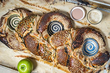 BREADS_BAKERY_Centerpiece_Challah-1_Cred