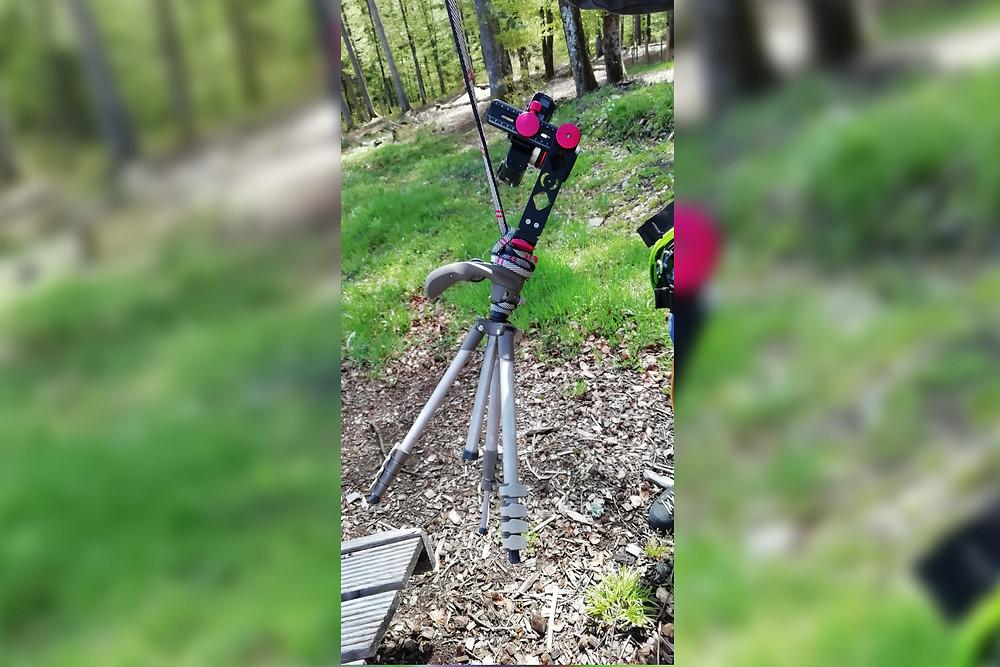 360 Grad Kamera wird auf Plattform gezogen