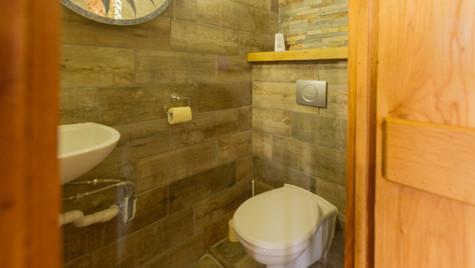 Bellecote Toilet.jpg